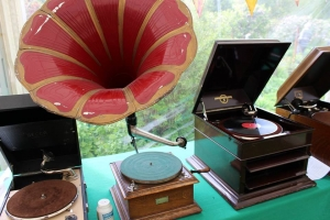 78 record players